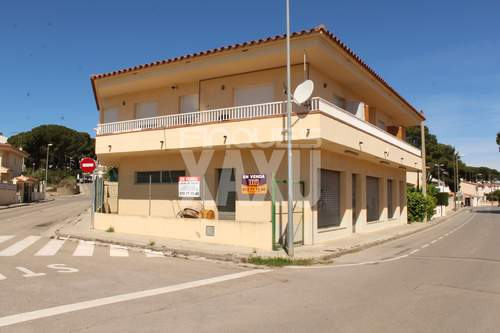 Venta Local comercial L´Escala